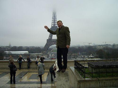 Симонов Николай в Париже