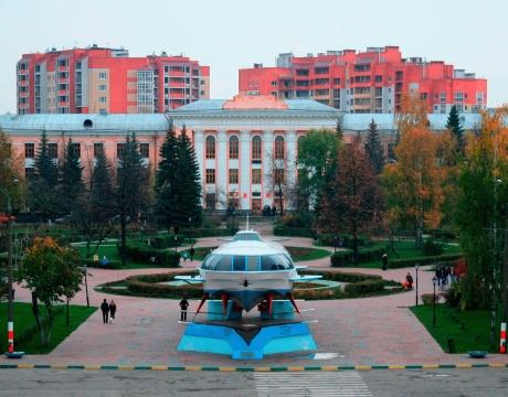 Площадь Буревестника