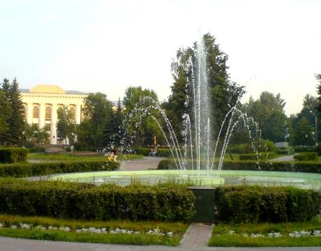 Фонтан на площади Буревестника